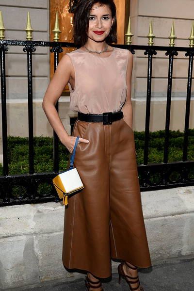 showmeyourcloset_instyle_gettyimages_lederhose_statement
