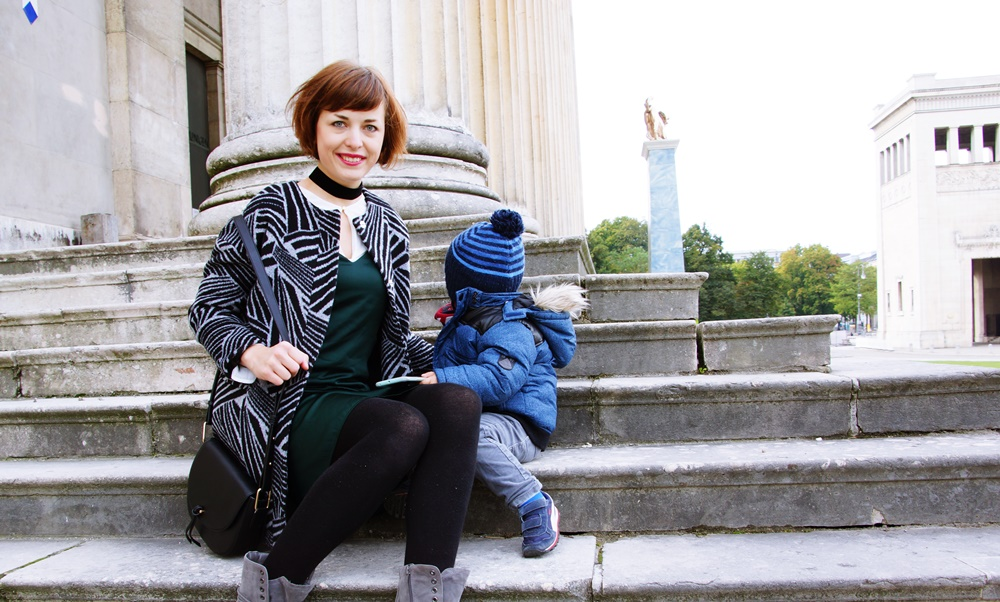 momblog-muenchen-fashionblog-show-me-your-closet-fashion-family-outfit-herbst-schuhe-2